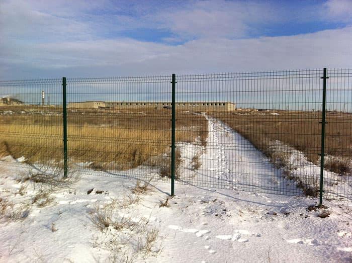 ограда из сетчатых панелей properimetr.ru