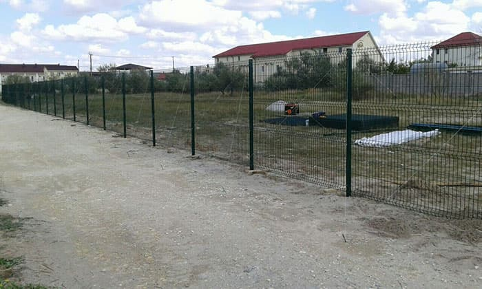 забор из сетки сварной оцинкованной 3d-perimetr.ru